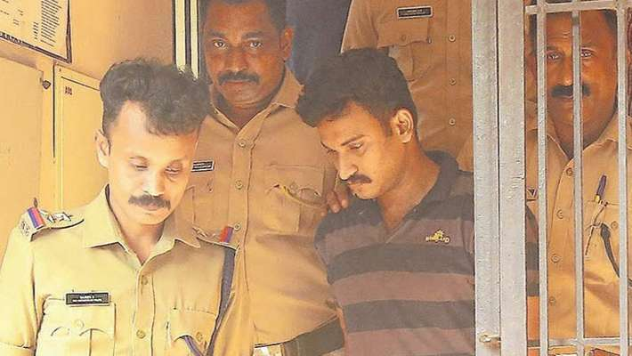 kerala-police-found-rope-and-chappal-which-used-for-rakhi-s-murder