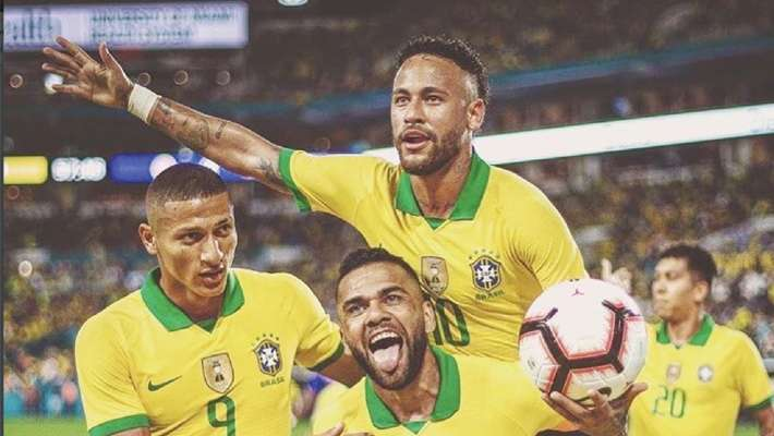 neymar-jr-rescued-brazil-team-in-match-against-colombia