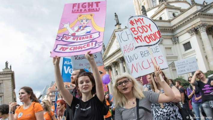 protests-in-germany-against-changing-Nazi-era-abortion-law
