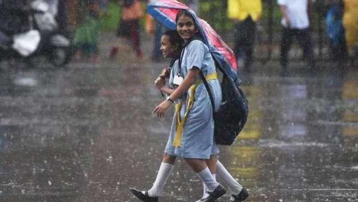 heavy-rainfalls-districts-announced-holiday-for-school-on-wednesday