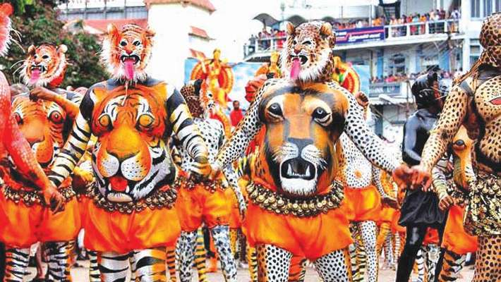 puli-kali-in-thrissur-onam-celebration