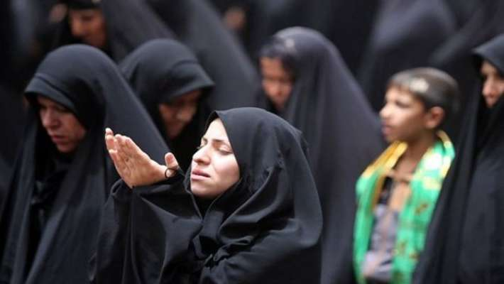 muslim-praying-women