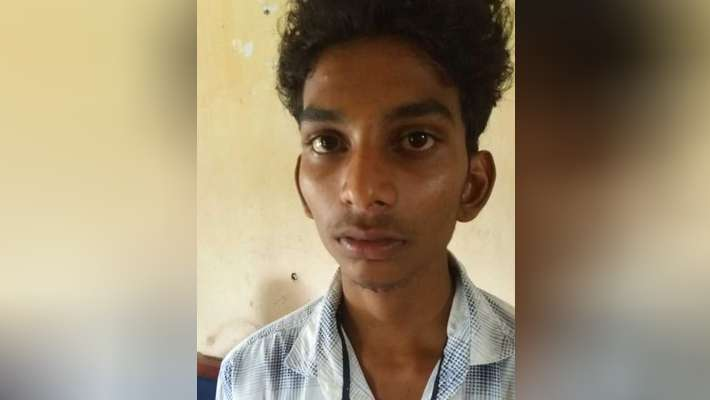 school-student-attacked-his-class-mate-with-syringe-for-refusing-love-proposal