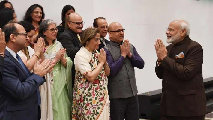 kashmiri-pandits-meet-pm-modi-in-houston