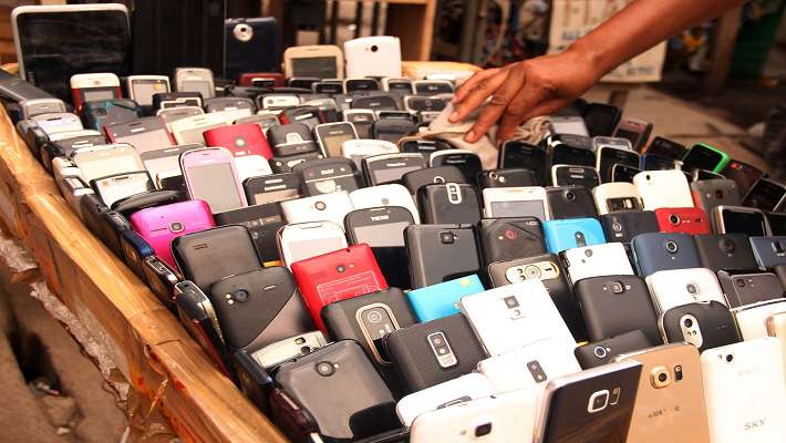 28-mobile-phones-seized-from-b-tech-exam-hall